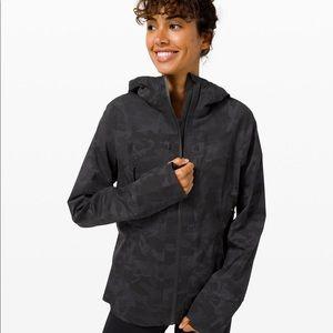Lululemon Break the Trail jacket NWT size 4